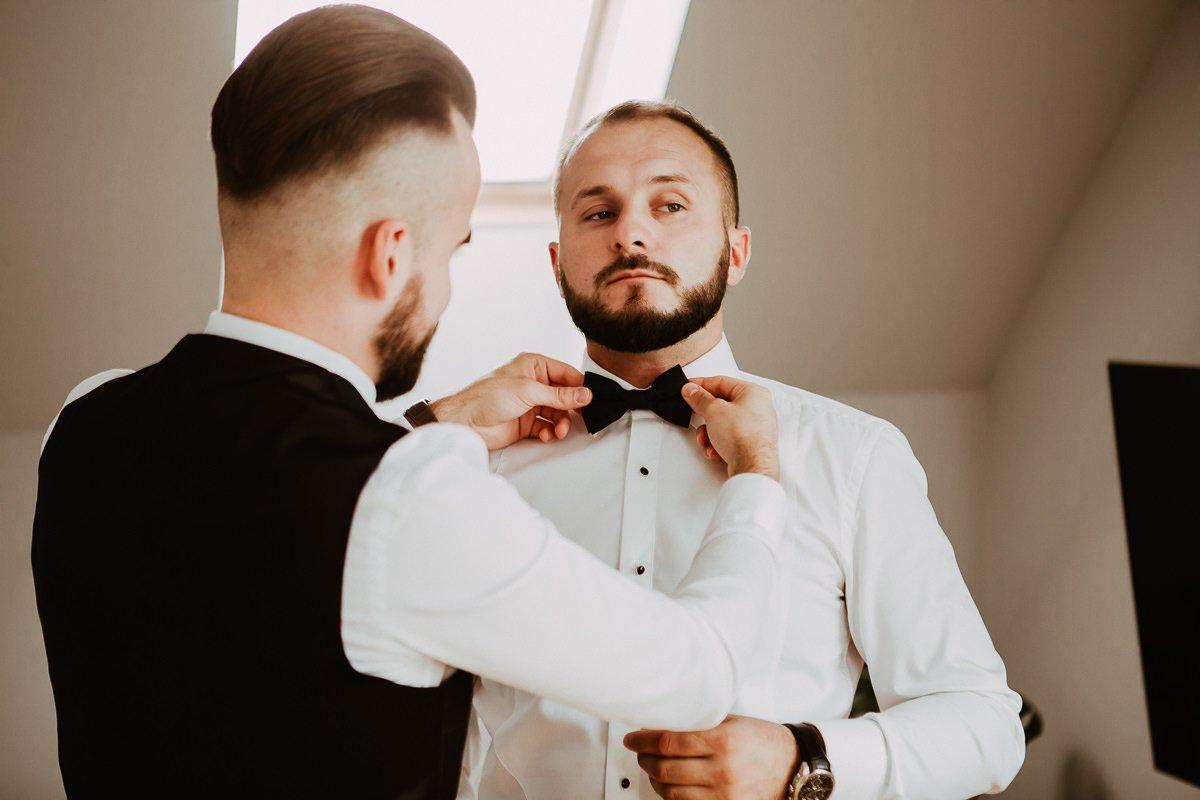 Monika i Daniel - reportaż ślubny i sesja w Mogilanach. 24