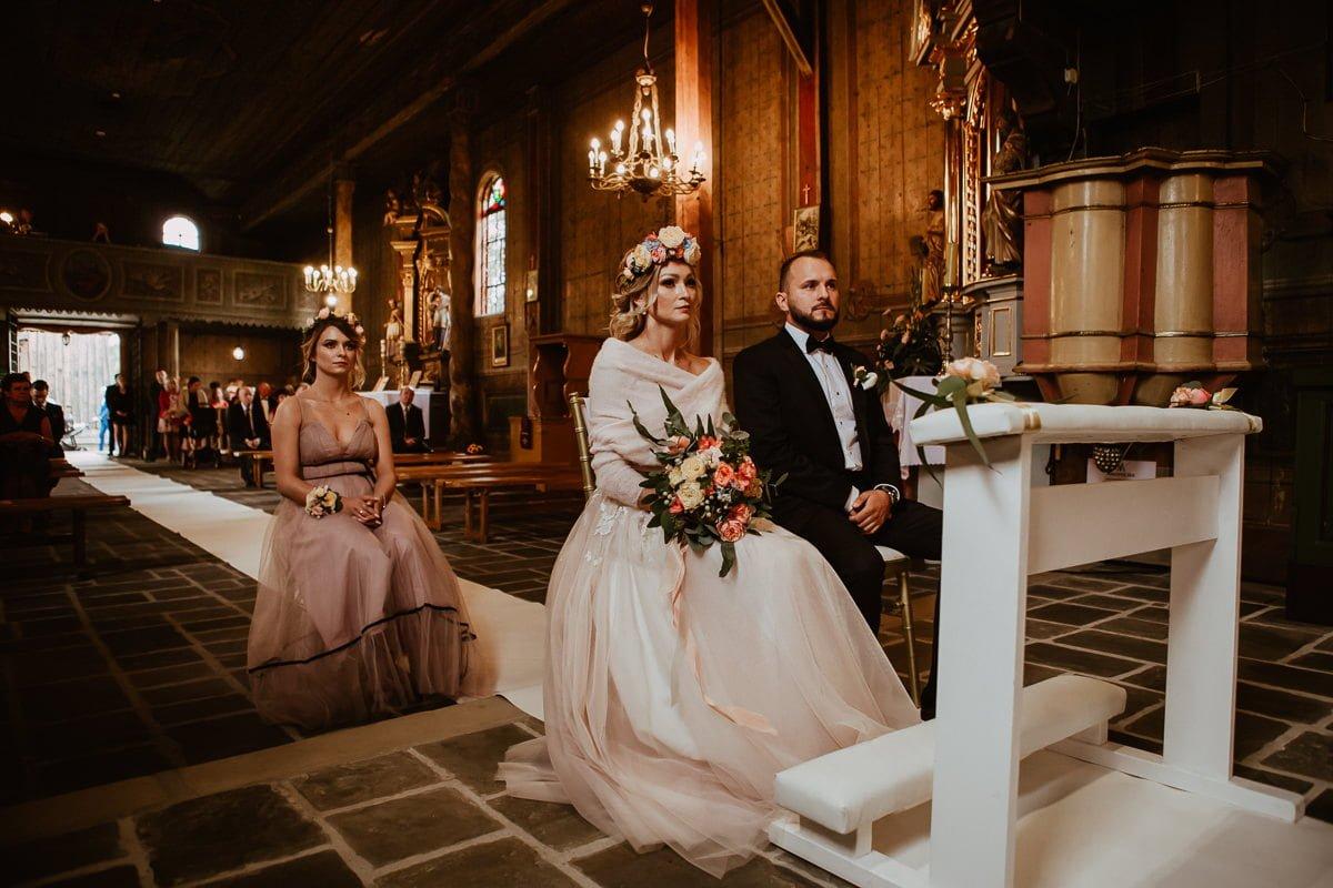 Monika i Daniel - reportaż ślubny i sesja w Mogilanach. 41