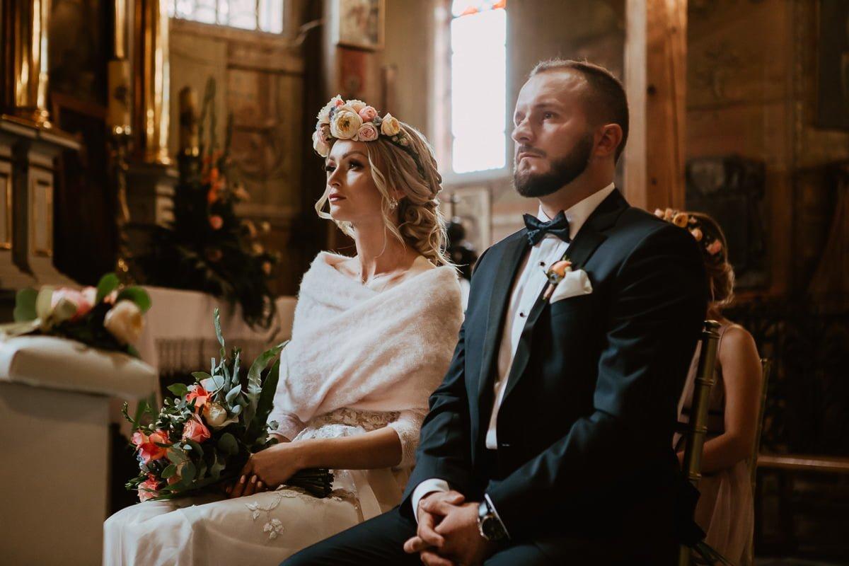Monika i Daniel - reportaż ślubny i sesja w Mogilanach. 44