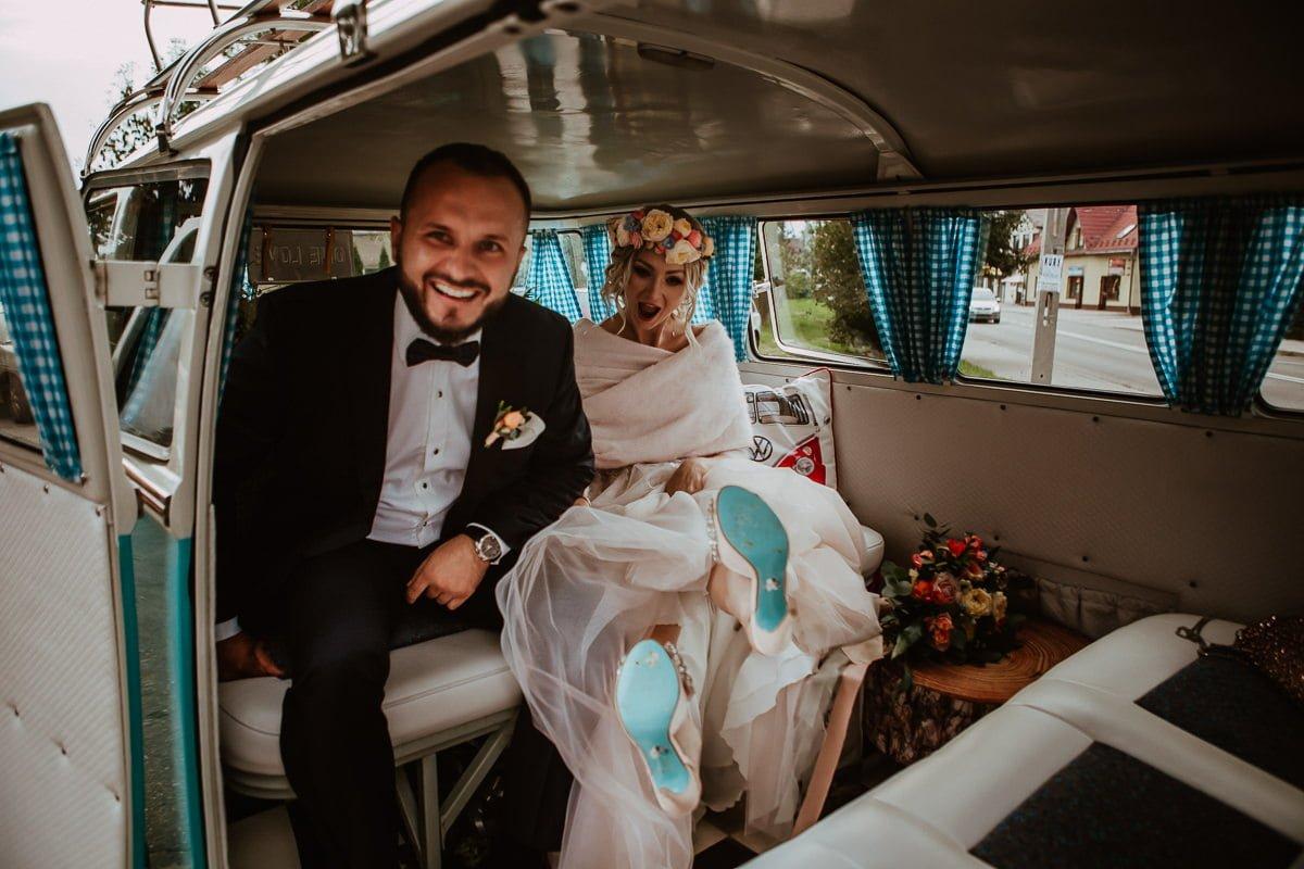 Monika i Daniel - reportaż ślubny i sesja w Mogilanach. 61