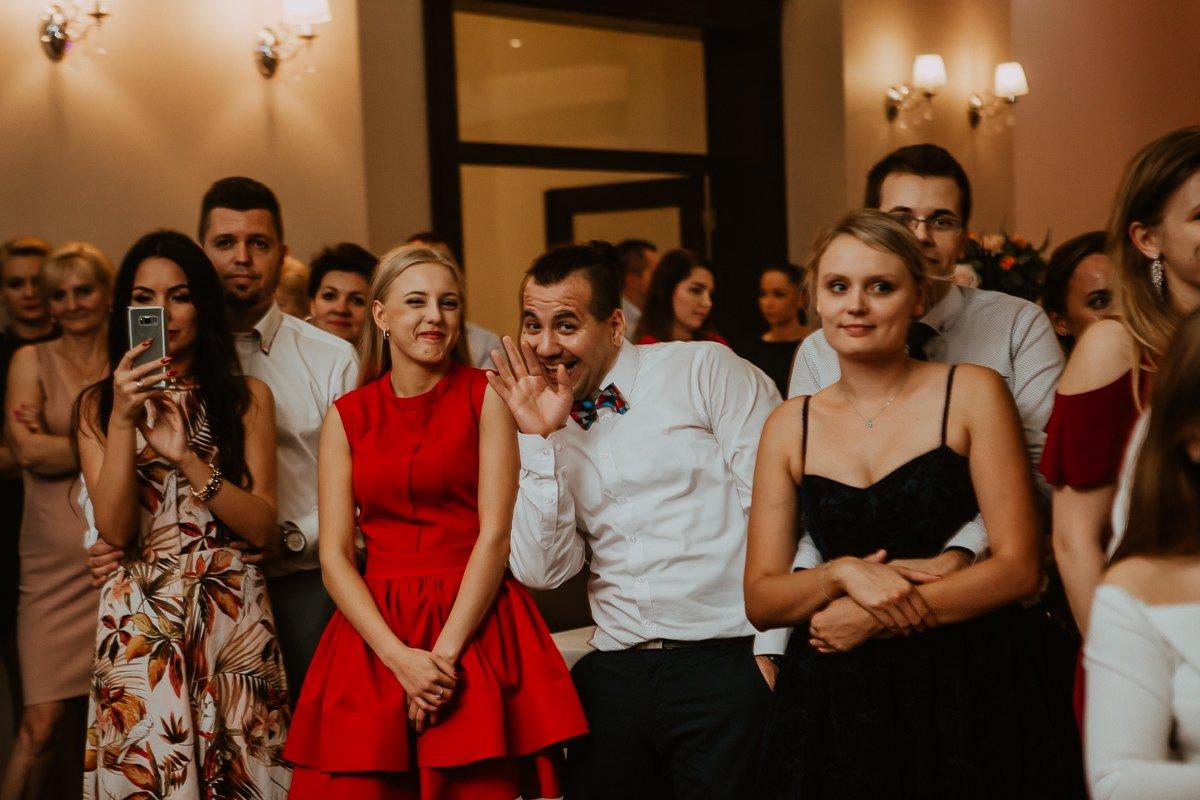 Monika i Daniel - reportaż ślubny i sesja w Mogilanach. 438
