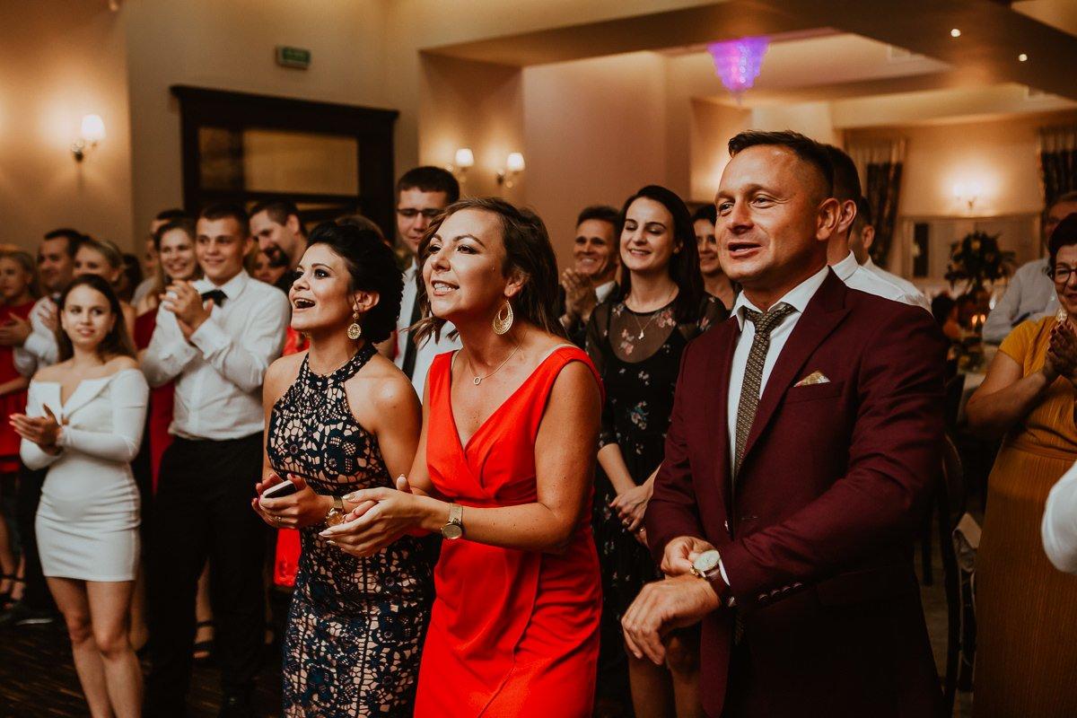 Monika i Daniel - reportaż ślubny i sesja w Mogilanach. 125