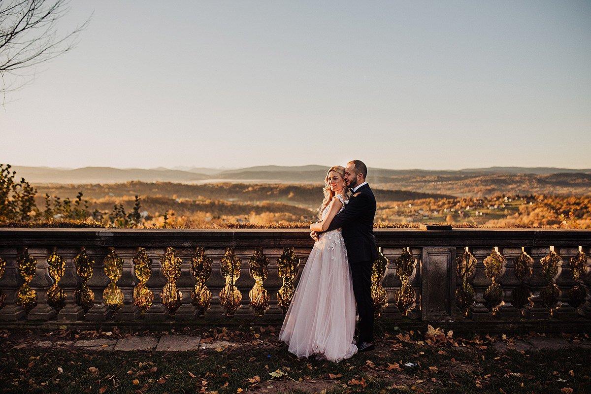 Monika i Daniel - reportaż ślubny i sesja w Mogilanach. 459