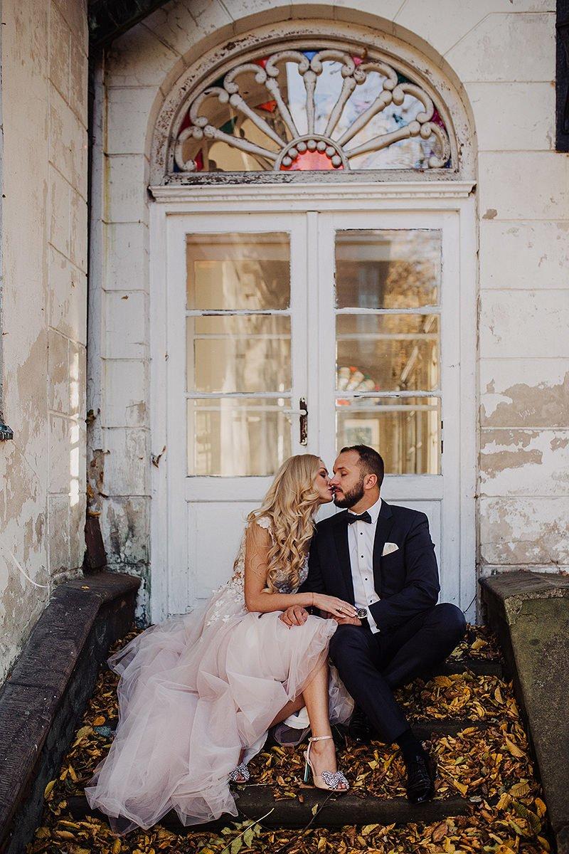 Monika i Daniel - reportaż ślubny i sesja w Mogilanach. 468