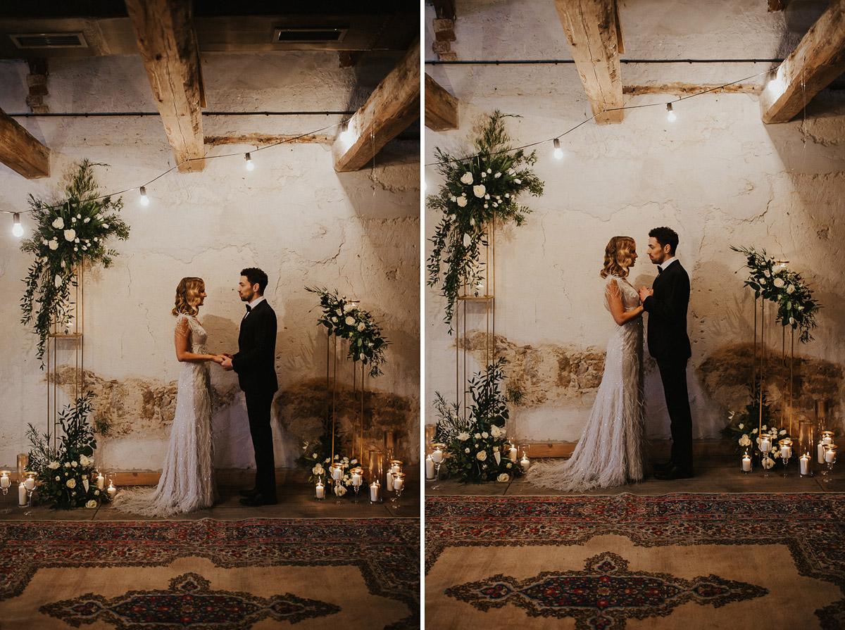 Weronika i Kamil - sesja ślubna stylizowana w stylu lat 20-stych z nutką boho 27