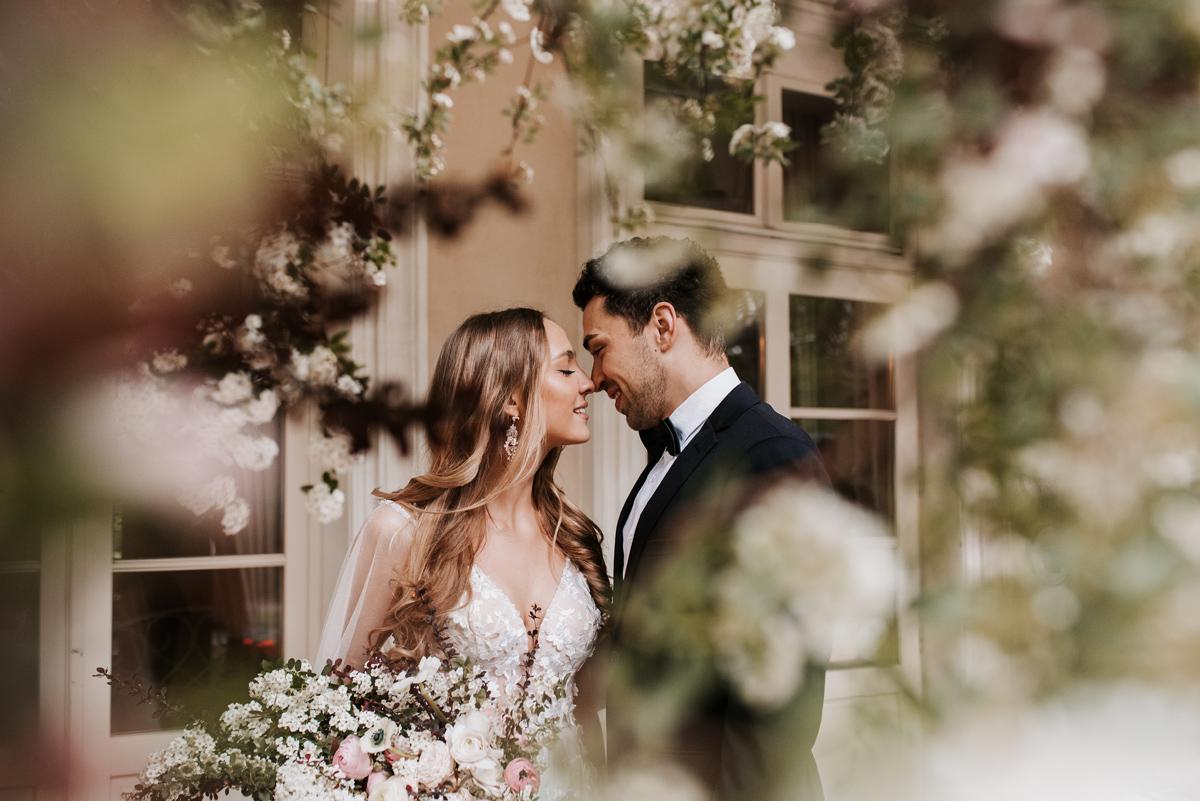 W & K - ślub w plenerze we dwoje - Dwór Sieraków 14