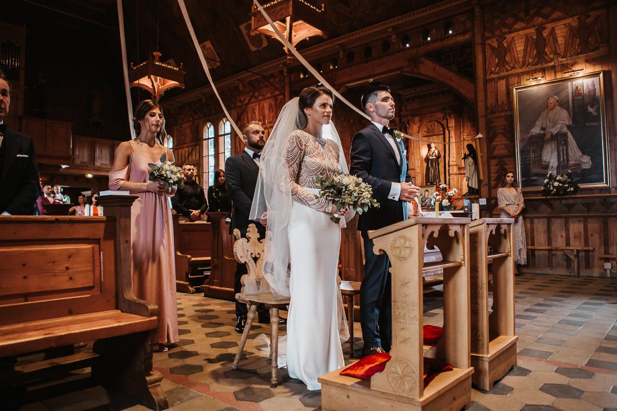 Sylwia i Piotr - ślub w Kościelisku i sesja w górach 23