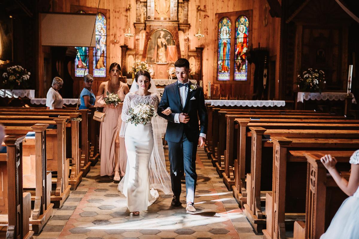 Sylwia i Piotr - ślub w Kościelisku i sesja w górach 56