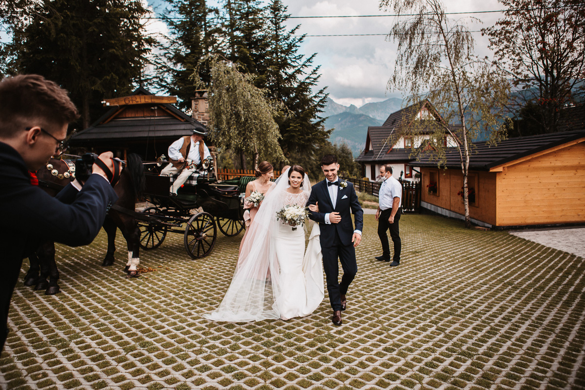 Sylwia i Piotr - ślub w Kościelisku i sesja w górach 63